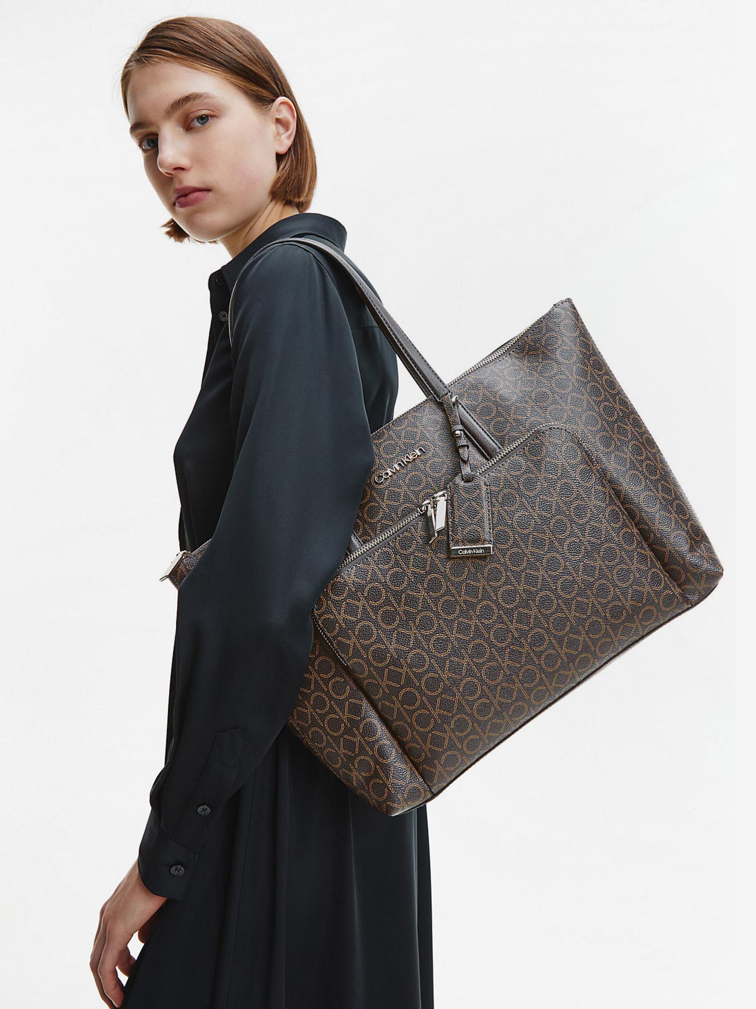 Calvin Klein barna  kézitáska Must Shopper