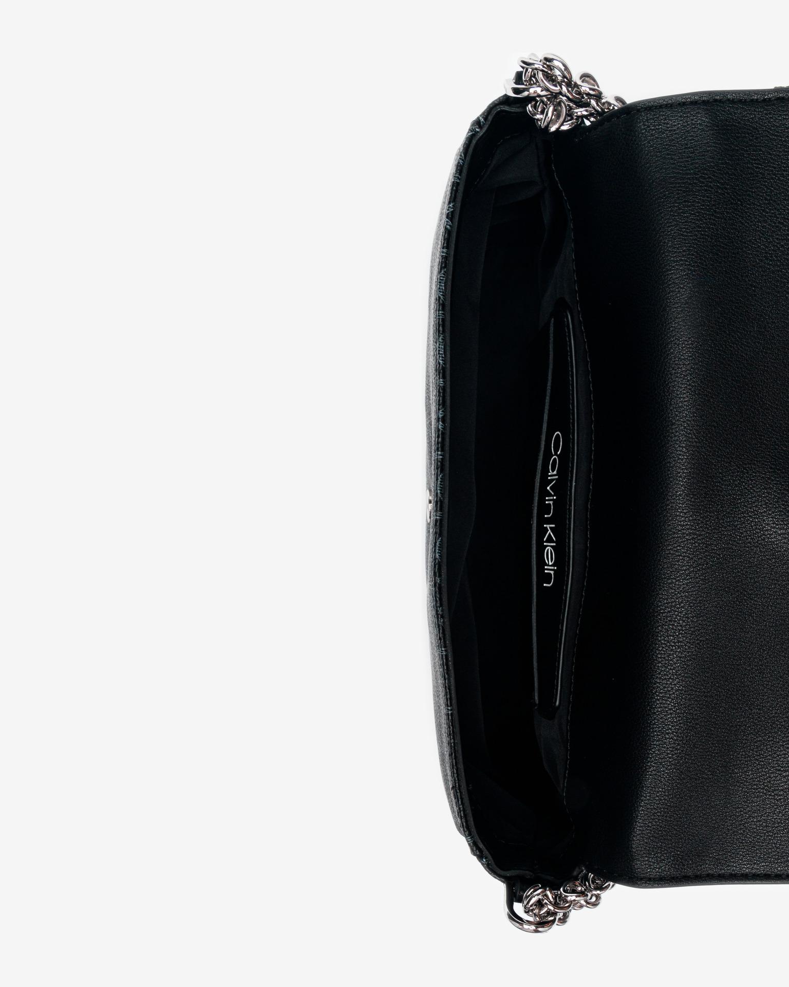 Calvin Klein fekete kézitáska