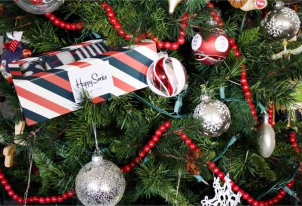 A zokni a karácsonyi divatos ajándékok