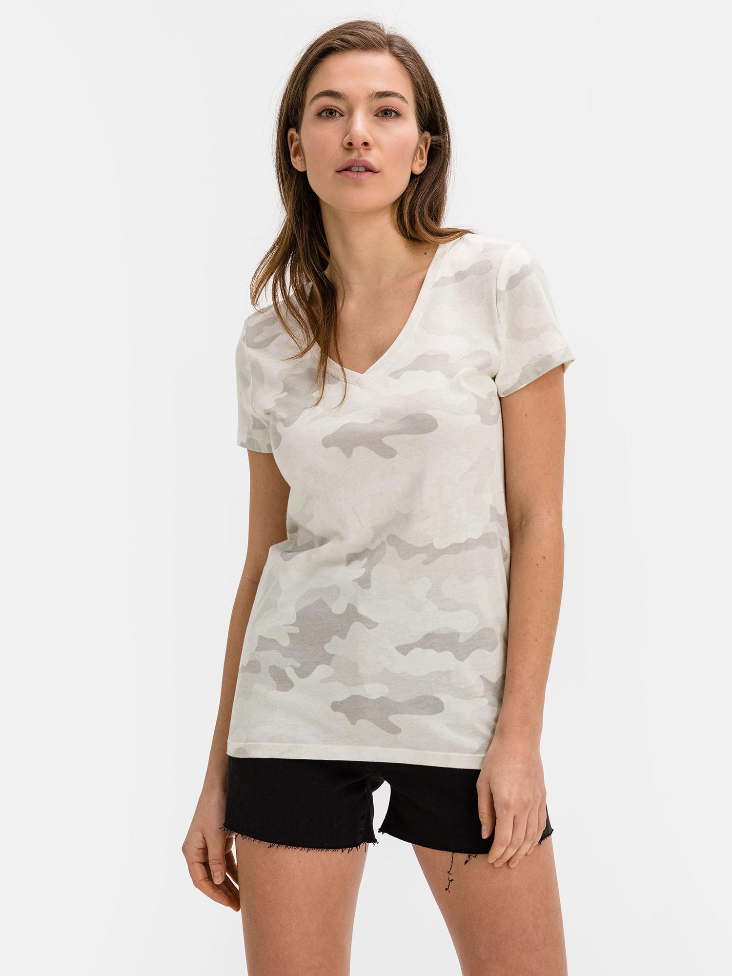 GAP szürke póló mintával